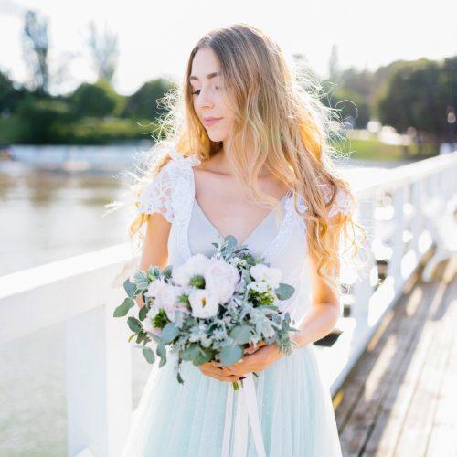 Fot. Jenny Pochtarenko. Sukienki: Dress Please. Ozdoby: A dream twig. Makijaż: Agnieszka Doczik
