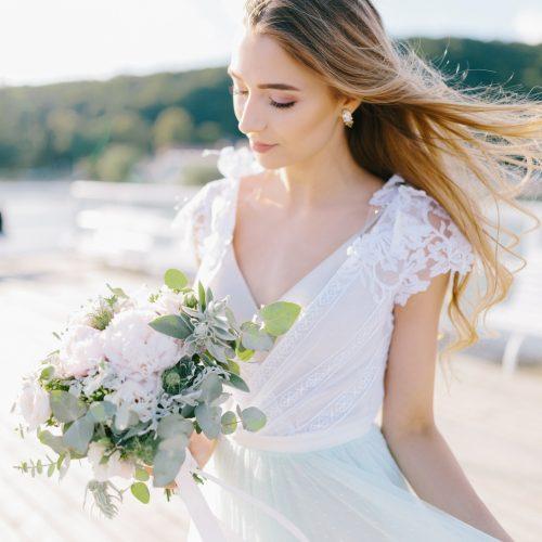 Fot. Jenny Pochtarenko. Sukienki: Dress Please. Ozdoby: A dream twig. Makijaż: Agnieska Doczik